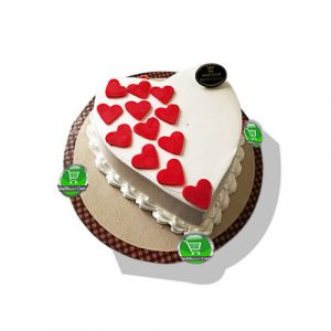 classic Valentine's Vanilla cake