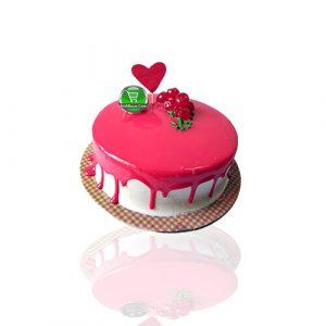Classic Vanilla Strawberry Valentine Cake